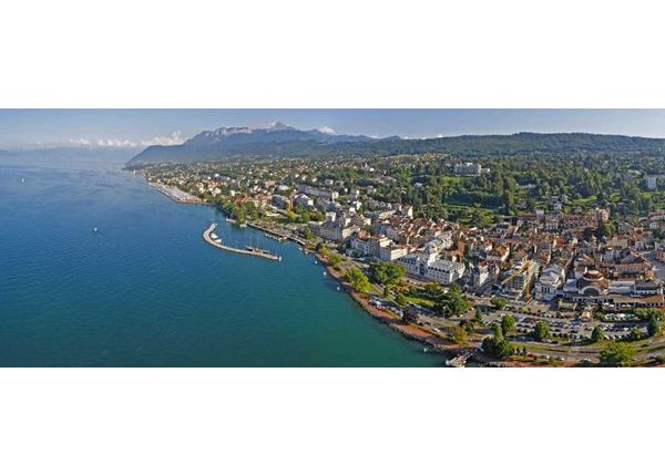 2 bed apartment for sale in 74500, Evian Les Bains, Fr
