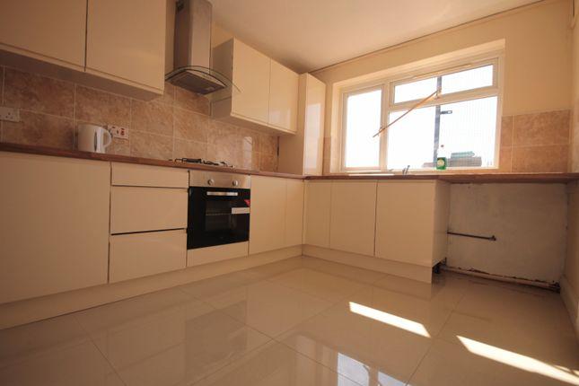 Thumbnail Flat to rent in Lodge Lane, Grays, Essex