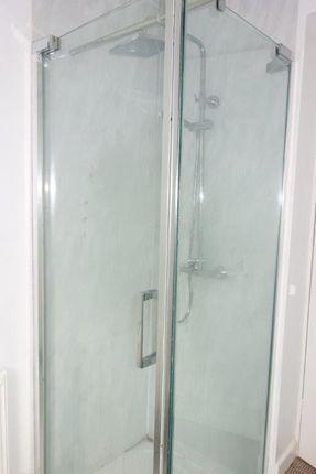 Bathroom/Shower of Blaen-Y-Cwm Terrace, Blaencwm CF42