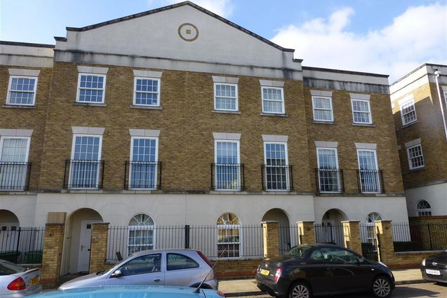 Thumbnail Town house to rent in Marigold Way, Maidstone