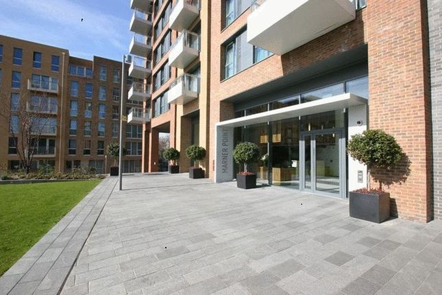 Thumbnail Flat to rent in The Plaza, Devas Street, London