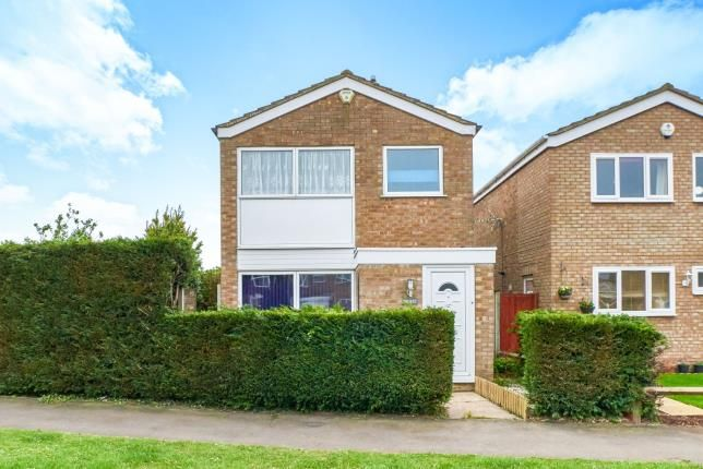 Thumbnail Detached house for sale in Pyms Close, Great Barford, Bedford, Bedfordshire