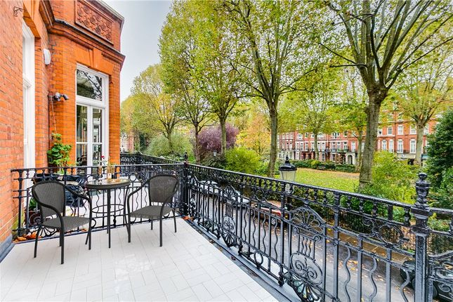Picture No. 05 of Barkston Gardens, London SW5