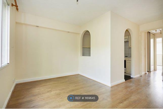 Thumbnail Flat to rent in Faulkner Close, Dagenham