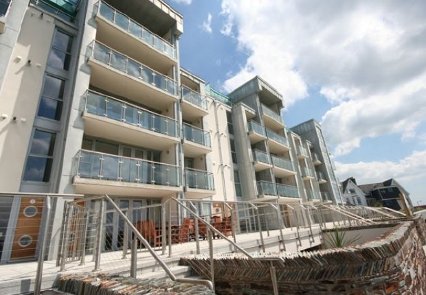 Thumbnail Flat to rent in Headland Road, Newquay