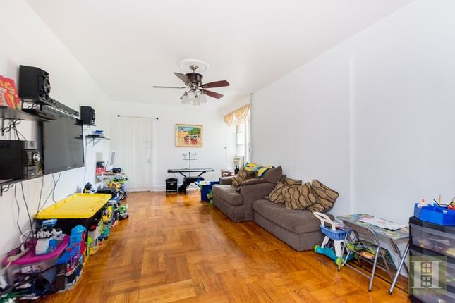 Apartment for sale in 1075 Grand Concourse 5M, Bronx, New York, United States Of America