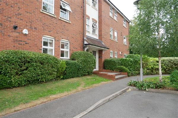 Thumbnail Flat for sale in Fazeley Close, Solihull
