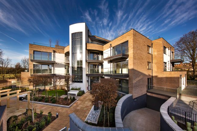 Thumbnail Flat for sale in 100 Putney Common, Lower Richmond Road, London