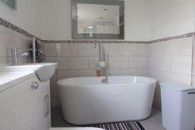 Family Bathroom of Angelton Green, Pen-Y-Fai, Bridgend County. CF31