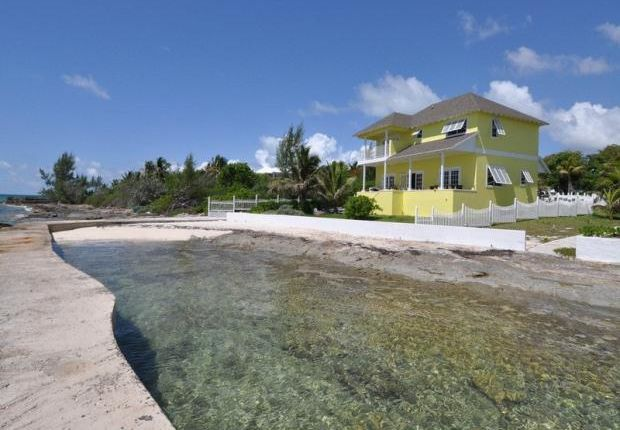 7 bed property for sale in Sunrise Acres, New Providence, Nassau, Bahamas