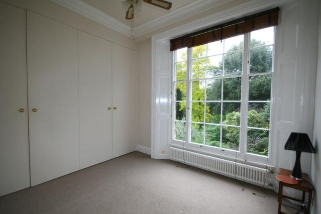 1 bed flat to rent in South Row, Blackheath