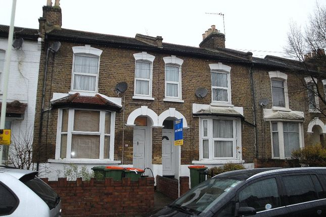 1 bed flat to rent in West Road, Stratford