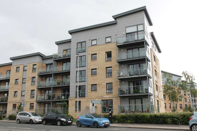 Thumbnail Flat to rent in Abbey Place, Paisley