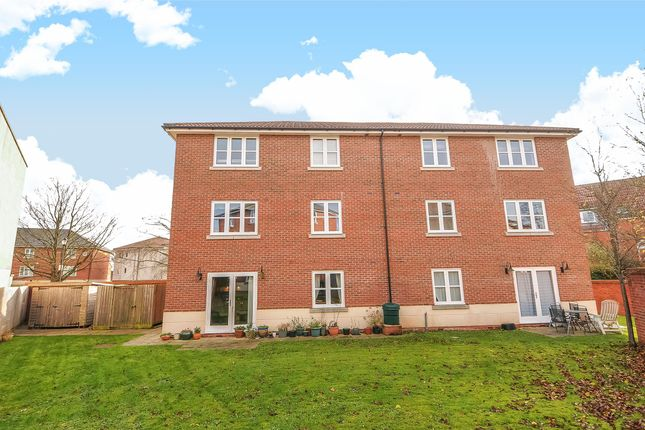 Thumbnail Flat for sale in Royal Victoria Park, Bristol