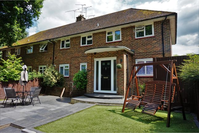 Thumbnail Flat for sale in Worth Road, Crawley