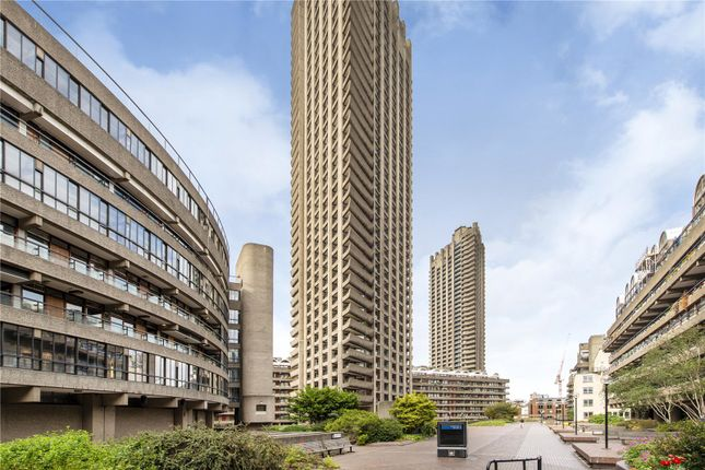 Picture No. 38 of Shakespeare Tower, Barbican, London EC2Y