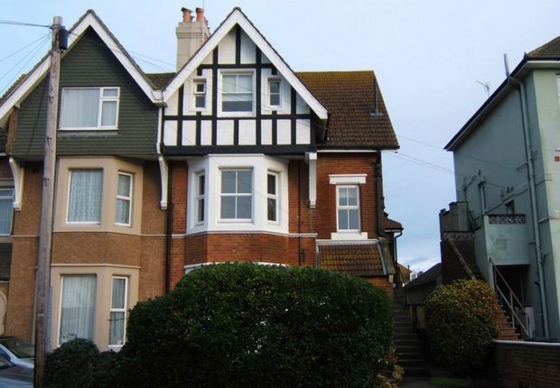 Thumbnail Flat to rent in London Road, Bexhill-On-Sea, East Sussex