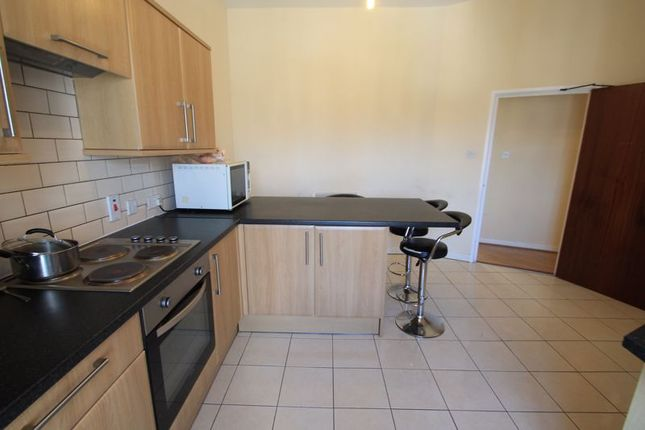 Thumbnail Flat to rent in Crystal Court, Redlaver Street, Cardiff