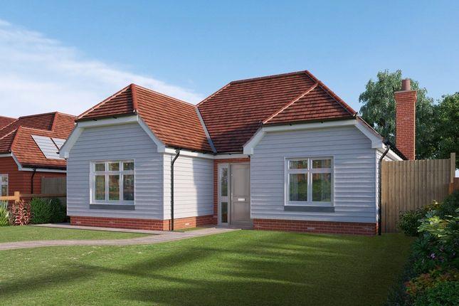 Thumbnail Detached bungalow for sale in Edenbridge Kent