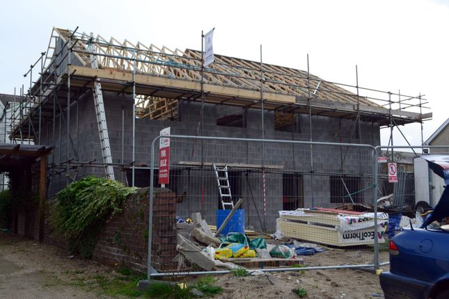 Thumbnail Semi-detached house for sale in Pwllheli, Gwynedd, Pen Llyn, North Wales