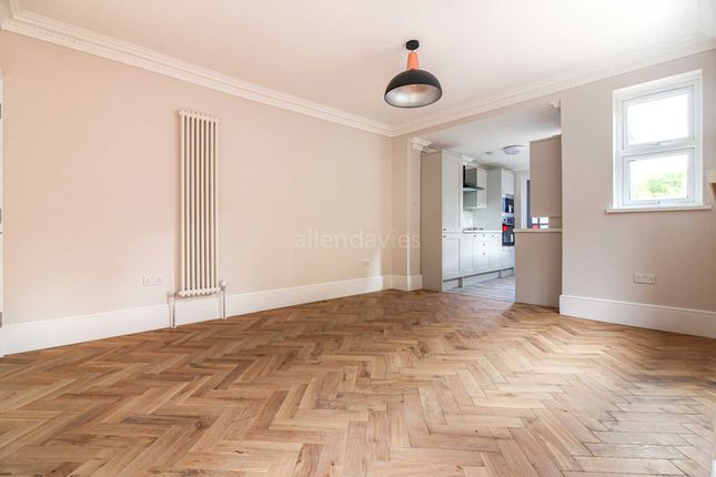 Thumbnail Flat for sale in Bulwer Road, Leytonstone