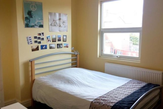 Thumbnail Property to rent in Holly Avenue, Pershore Road, Selly Park, Birmingham