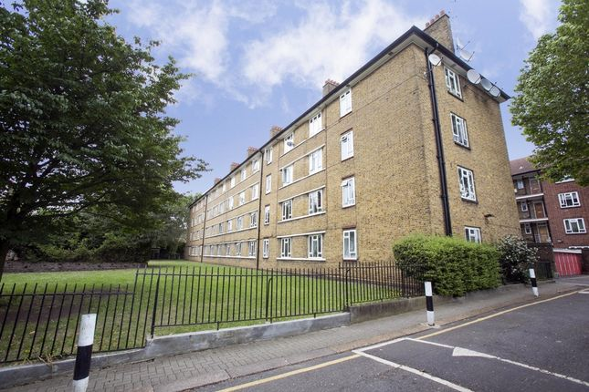 3 bed flat for sale in Robert Owen House, Fulham Palace Road, Fulham