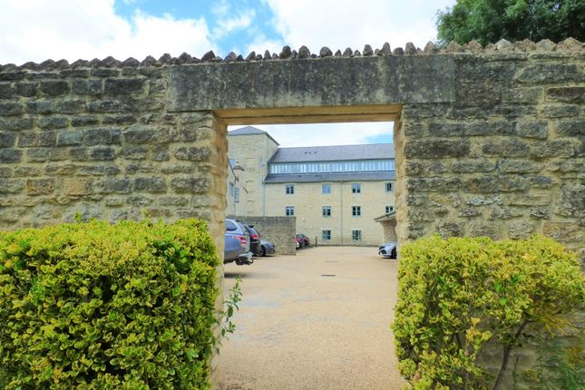 Thumbnail Flat for sale in Cotswold Mill, Cirencester, Gloucestershire