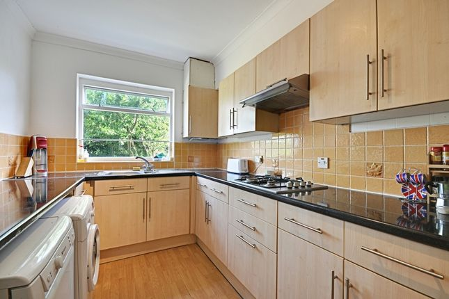 Thumbnail Terraced house to rent in Bramley Road, Ealing
