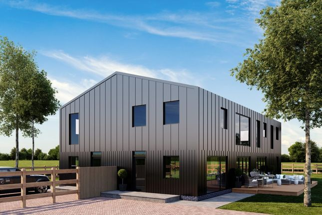 Thumbnail Barn conversion for sale in Astwick Road, Stotfold, Hitchin