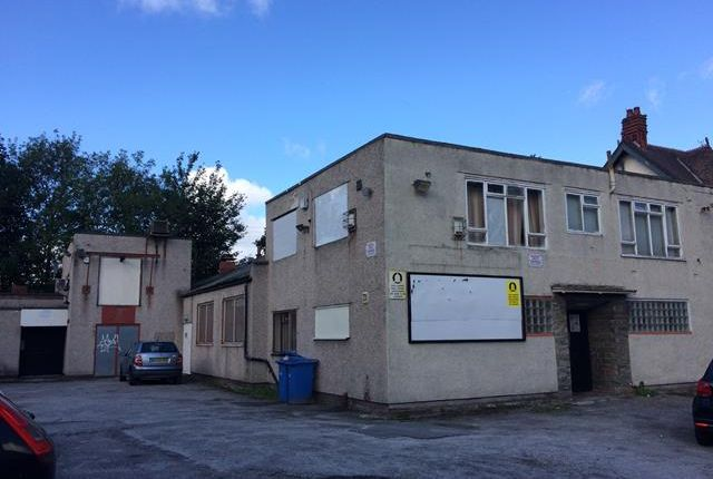 Thumbnail Pub/bar to let in Former Sefton Park Conservative Club, 2A Crawford Avenue, Mossley Hill, Liverpool