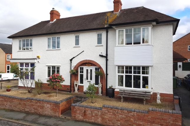 Thumbnail Detached house for sale in Woodleigh Road, Ledbury