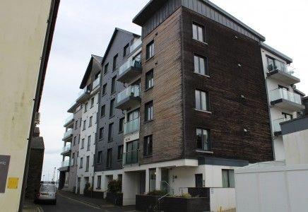 Thumbnail Flat to rent in Bridge Road, Douglas, Isle Of Man