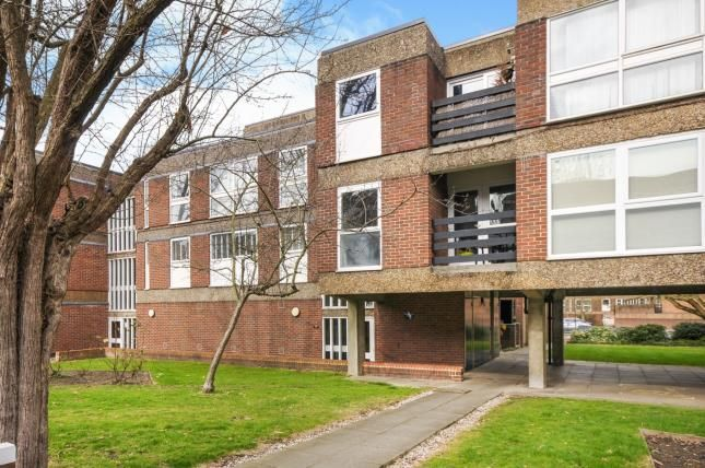 3 bed flat for sale in Hornbeam House, Manor Road, Sidcup
