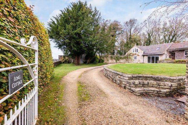 Private Drive of Loves Hill, Timsbury, Bath BA2