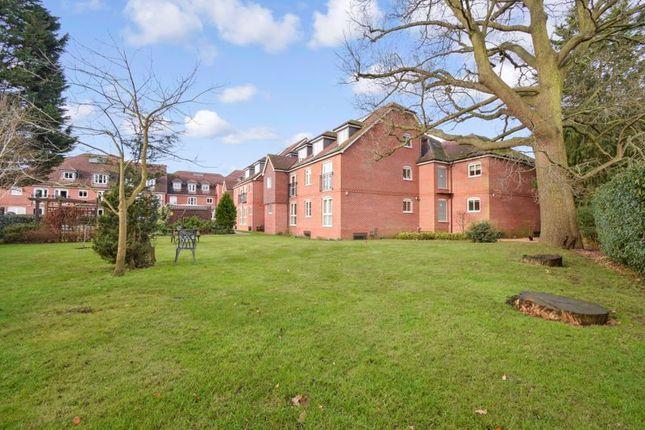 1 bed flat for sale in Barnes Wallis Court, Byfleet KT14