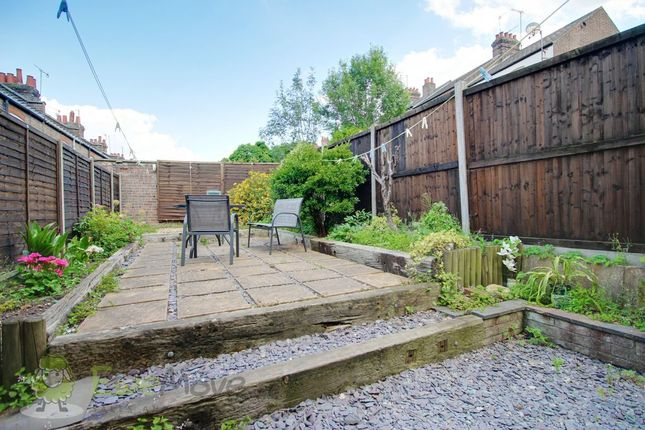 Garden At Back of Chiltern Rise, Luton LU1