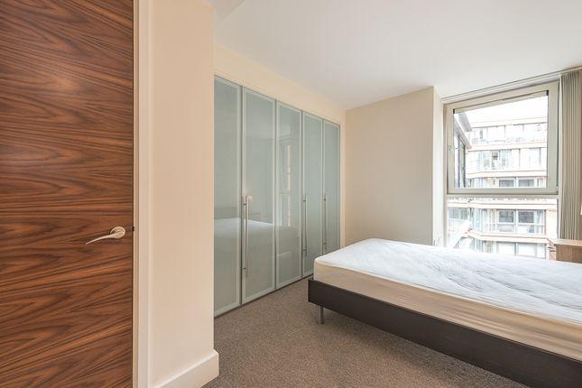 Bedroom of Praed Street, London W2