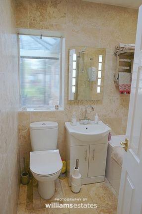 Bathroom of Parc Y Llan, Henllan, Denbigh LL16