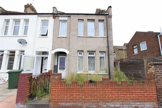 Thumbnail Terraced house for sale in Roman Road, Ilford, Essex