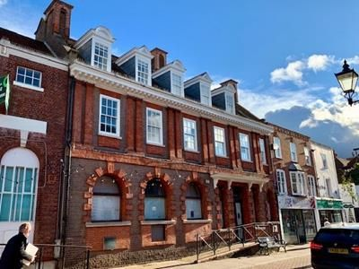 Thumbnail Commercial property to let in 13-15 High Street, Chesham, Buckinghamshire