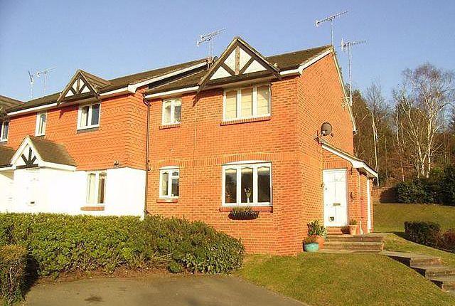 1 bed end terrace house to rent in Eyston Drive, Weybridge