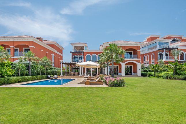 Thumbnail Villa for sale in Palm Jumeirah, Palm Jumeirah, Dubai, United Arab Emirates