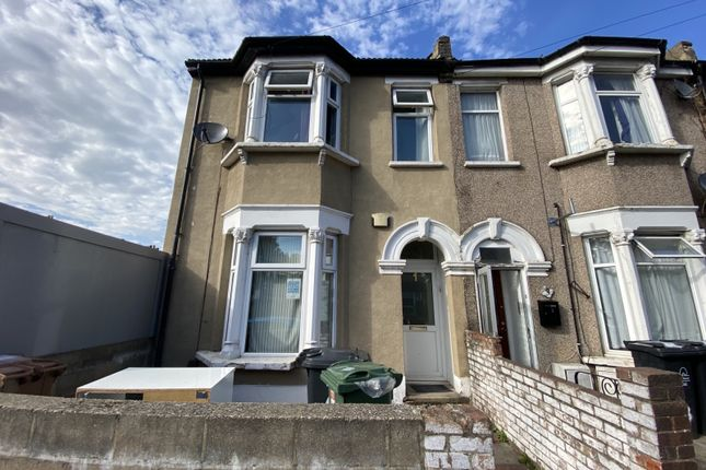 Thumbnail End terrace house to rent in Somers Road, Walthamstow