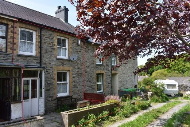 Thumbnail Property to rent in Castle Terrace, Newcastle Emlyn