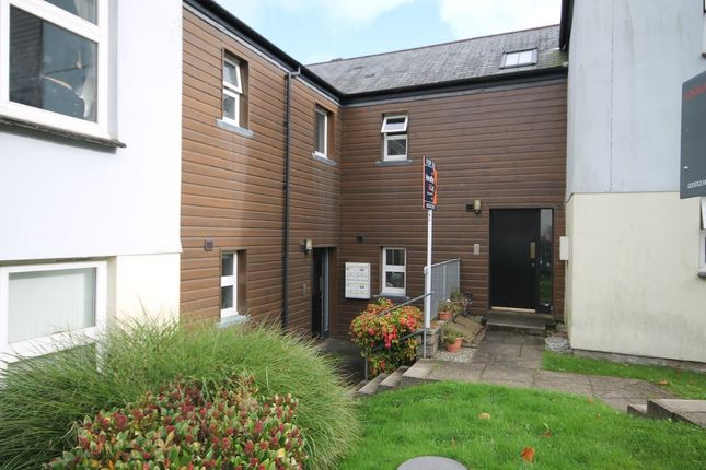 Thumbnail Flat for sale in Calver Close, Penryn