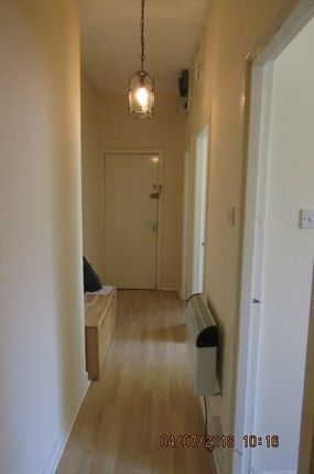 Thumbnail Flat to rent in South Tay Street, Dundee
