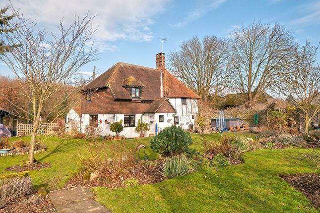 Thumbnail Farmhouse for sale in Chestnut Street, Nr Borden, Kent