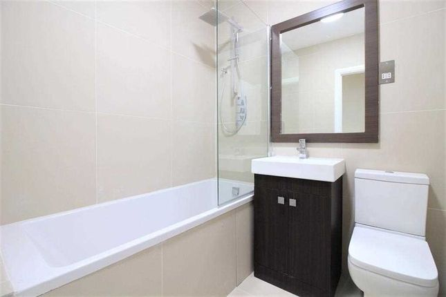 Bathroom of Bellvue Court, 141-149 Staines Road, Hounslow TW3
