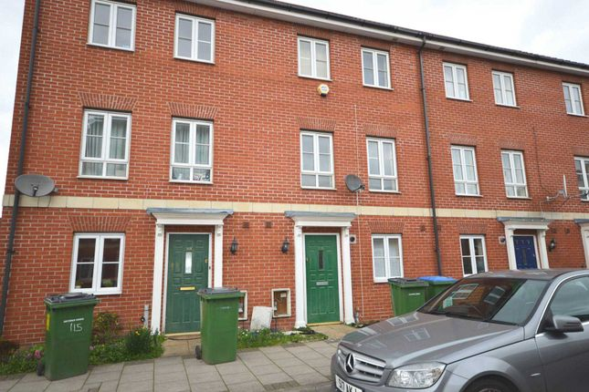Thumbnail Town house to rent in Battery Road, London